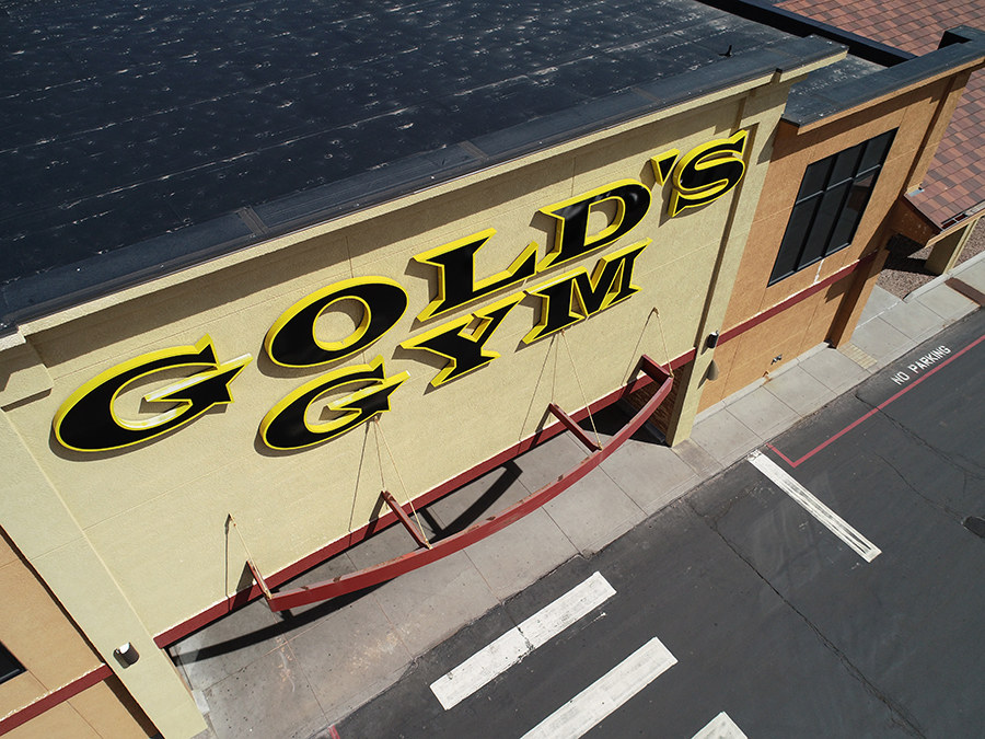Golds Gym Plaza